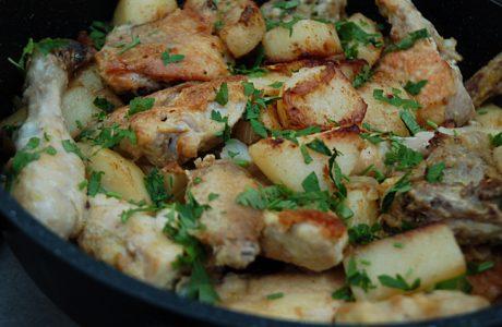 סופריטו עוף, תבשיל עוף ותפוחי אדמה בסיר אחד